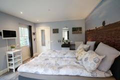 Bedroom-1-photo-6